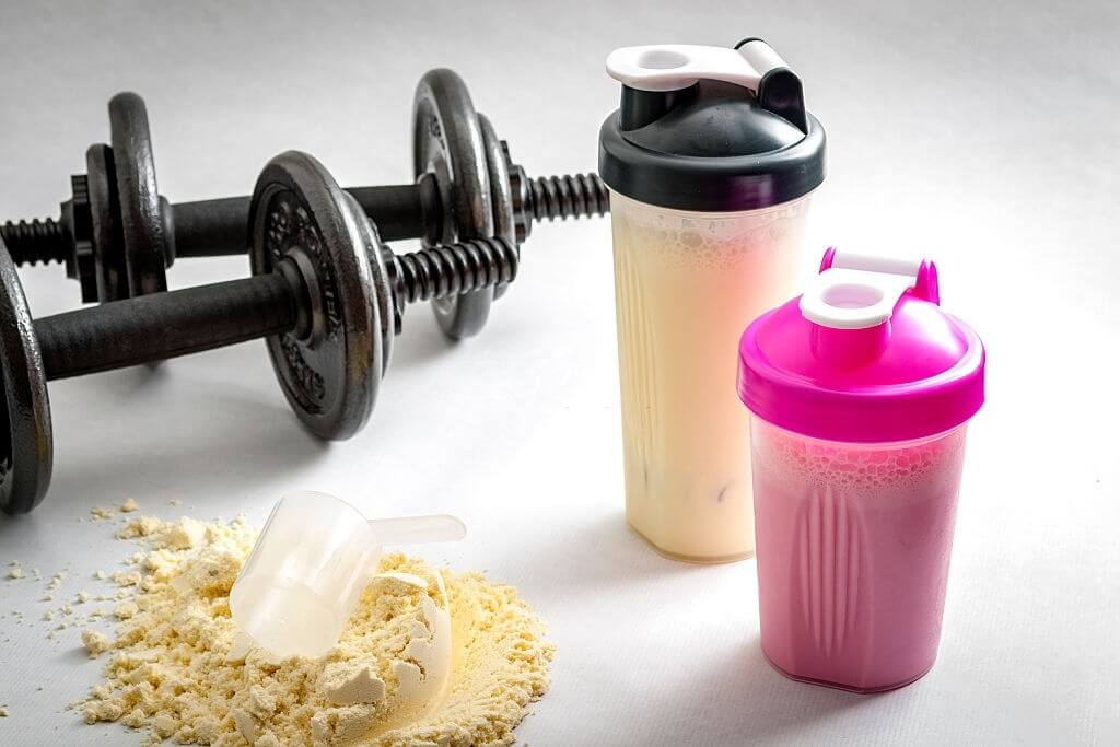 Do protein shakes make you poop